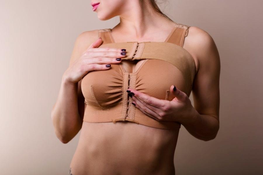 Сколько носить компрессионное белье после увеличения груди?
